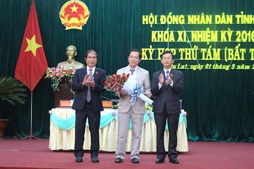 Phê chuẩn Phó Chủ tịch UBND mới 2 tỉnh