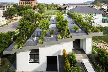 Ngôi nhà có 'vườn treo' tại Nha Trang