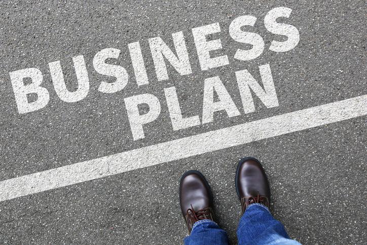 Những doanh nghiệp đặt kế hoạch 'đi lùi'