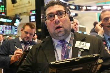 Fed không tăng lãi suất trong năm 2019, lĩnh vực ngân hàng kéo Dow Jones tụt hơn 100 điểm