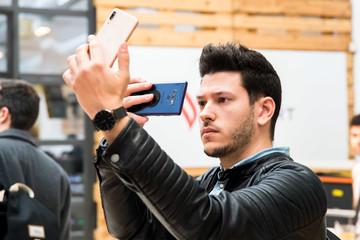 Điện thoại Vsmart sẽ được bán tại Tây Ban Nha
