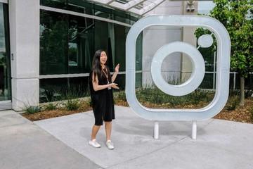 Cô gái 24 tuổi chuyên khám phá lỗ hổng của Facebook, Twitter