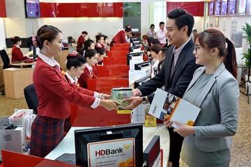 HDBank tài trợ 5.000 tỷ cho chuỗi kinh doanh xăng dầu của Petrolimex và PV Oil