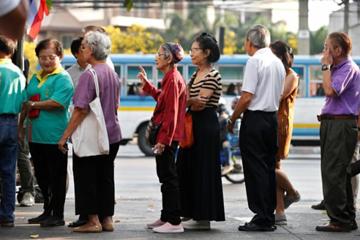 Thách thức kinh tế đang bủa vây Thái Lan