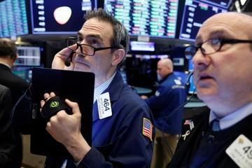Lợi suất trái phiếu Mỹ bình thường trở lại, Phố Wall tăng điểm