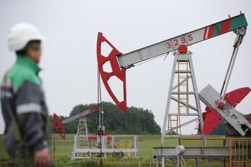 Arab Saudi sẽ đẩy giá dầu lên ít nhất 70 USD/thùng