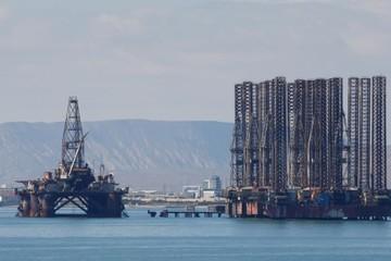 Trump kêu gọi OPEC tăng sản lượng, giá dầu giảm nhẹ