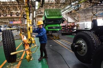 Sản xuất tại Trung Quốc bất ngờ tăng sau 3 tháng co hẹp liên tục