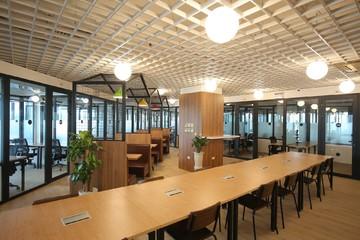 Savills: Cứ 1.000 m2 sàn văn phòng cho thuê ở TP HCM thì ế 20 m2