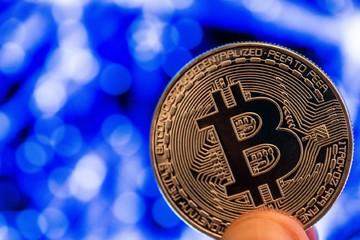 Bitcoin và màn tăng vọt đầy bí ẩn sau ngày Cá tháng Tư