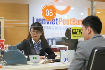 Ông Dương Công Toàn làm Phó Chủ tịch LienVietPostBank