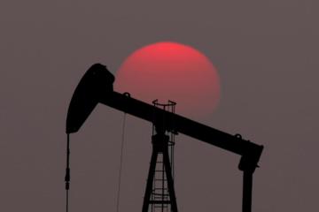 Giá dầu dứt chuỗi tăng 3 phiên liên tiếp, vẫn sát đỉnh gần 5 tháng