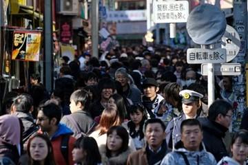 Người Nhật không vui khi được nghỉ dài ngày trong dịp vua thoái vị