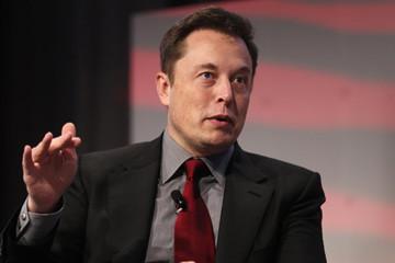 Cổ phiếu lao dốc, ông chủ Tesla mất một tỷ USD chỉ trong 2 phút