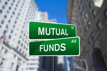 Chuyển động quỹ đầu tư tuần 1-7/4: Sang tay lượng lớn cổ phần VPB, MWG