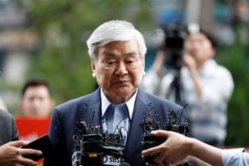 Sự nghiệp thăng trầm của Chủ tịch Korean Air vừa qua đời