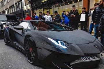 Độc đáo chiếc Lamborghini gắn 2 triệu viên pha lê