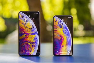 iPhone 11 lớn hơn iPhone XS, 3 camera sau và sạc nhanh