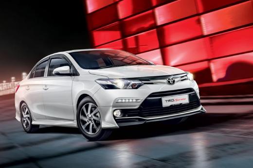 [Infographic] Top 10 ôtô bán chạy tháng 3: Toyota Vios trở lại vị trí dẫn đầu