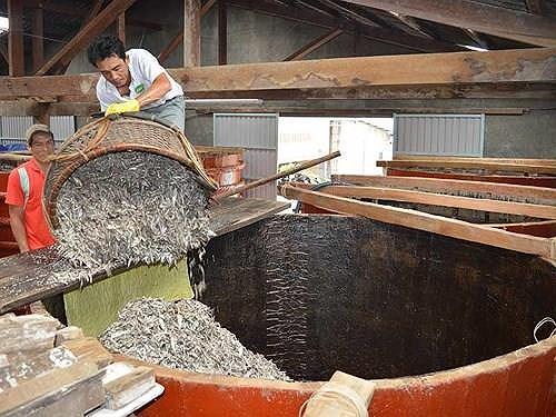 Bộ Nông nghiệp ủng hộ lập hội nước mắm truyền thống