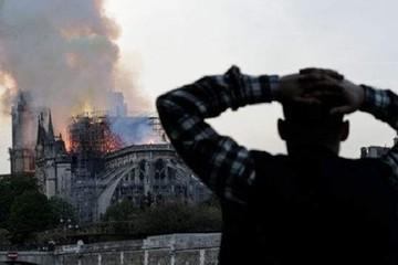 Vụ cháy nhà thờ Đức Bà Paris được ví như 'nỗi đau của nhân loại'