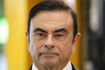 Cựu chủ tịch Nissan Carlos Ghosn bị cáo buộc tội danh mới