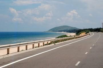 Hơn 1.200 tỷ đồng xây 24 km đường ven biển Cát Tiến - Đề Gi ở Bình Định