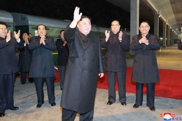 Tàu chở nhà lãnh đạo Triều Tiên Kim Jong-un dừng ở ga Nga