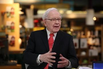 Waren Buffett khuyên các nhà đầu tư: 'Đừng nghe lời những người như tôi'