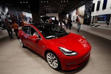 Công bố thua lỗ, Tesla chào bán cổ phiếu trị giá 650 triệu USD