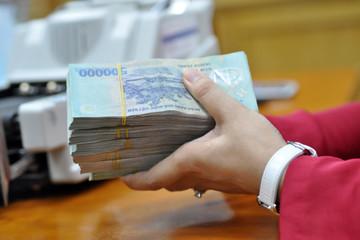 Giải ngân đầu tư công tiếp tục chậm