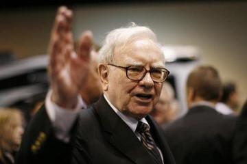 Warren Buffett: 'Nếu được, tôi sẽ truyền máu của Jeff Bezos vào mình!'