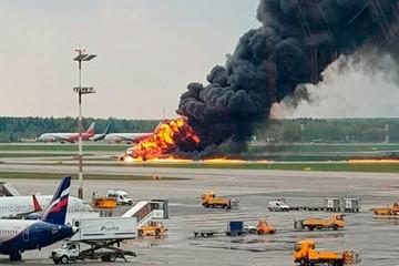 Tổng Bí thư, Chủ tịch nước thăm hỏi Nga sau vụ máy bay bốc cháy