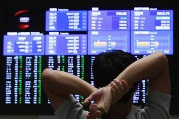 Chứng khoán châu Á tiếp tục giảm, Hang Seng chạm đáy 2 tháng