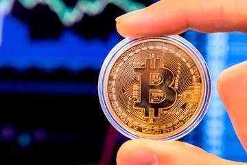 Bitcoin lần đầu vượt 6.000 USD sau nửa năm