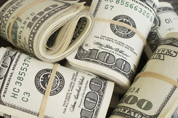 Giá USD trong ngân hàng tăng giảm trái chiều