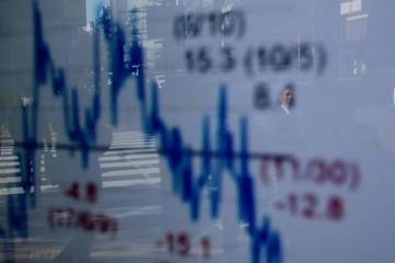 Chứng khoán châu Á tiếp tục đỏ lửa vì căng thẳng thương mại