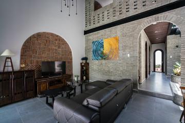 [Ảnh] Thiết kế giản dị, hoài cổ của ngôi nhà gạch ở Đà Nẵng