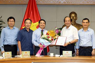 Bổ nhiệm trợ lý Phó Thủ tướng Vương Đình Huệ