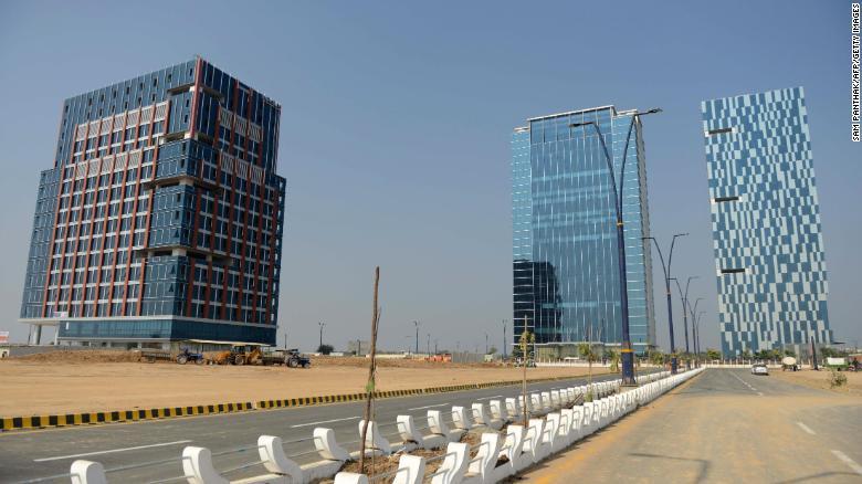 Tìm cách hấp dẫn nhà đầu tư nước ngoài, Ấn Độ xây dựng cả một thành phố mới