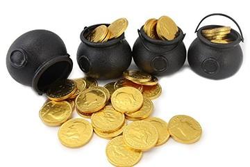 Thặng dư vốn cổ phần: Bên rủng rỉnh, bên thụt két