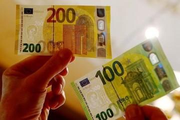 Nhà máy in tiền euro ở Italia