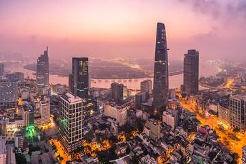 Bloomberg: Quy mô kinh tế Việt Nam có thể vượt Singapore vào 2029