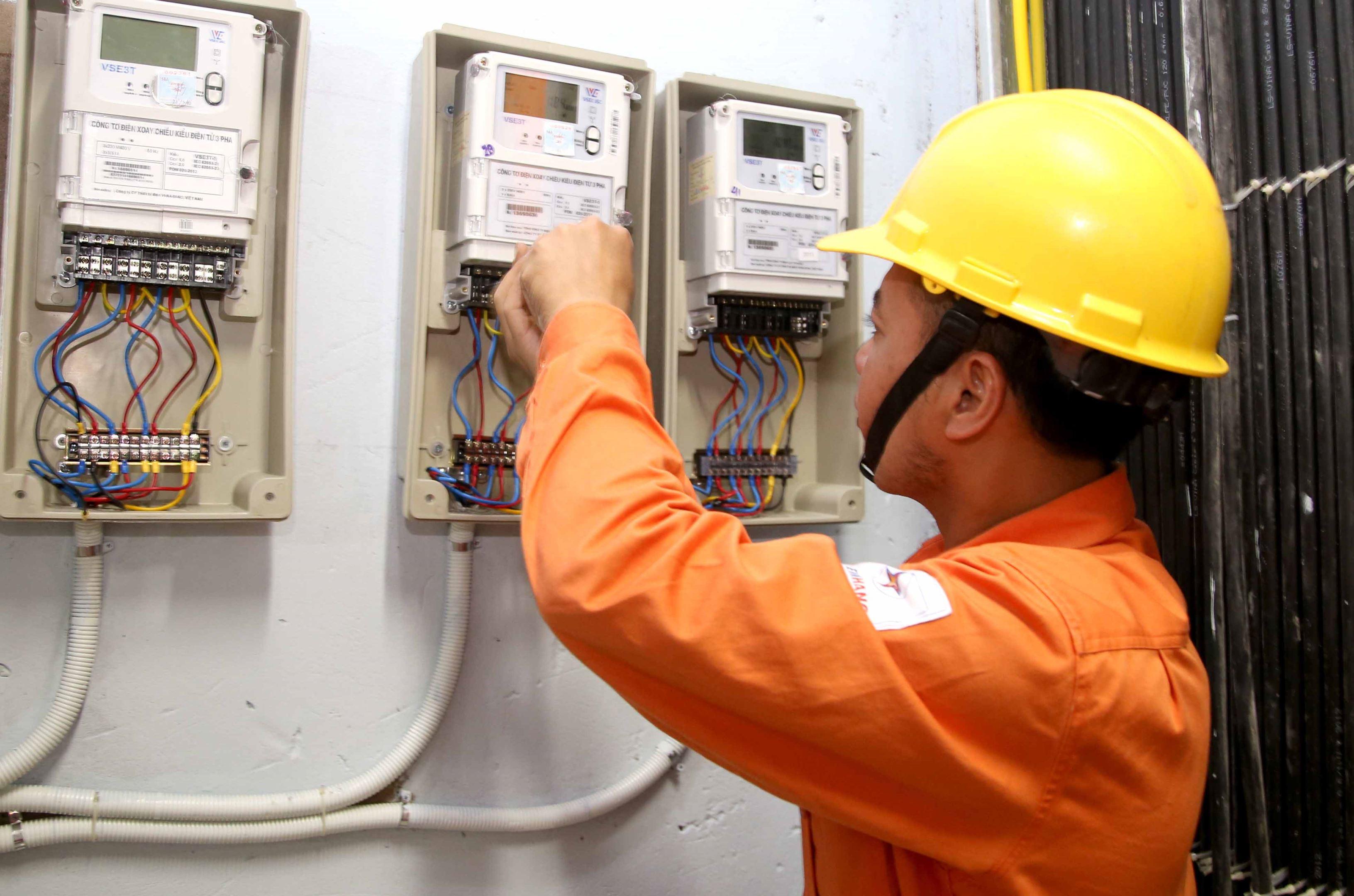 CPI tháng 5 tăng thấp hơn cùng kỳ 2018 dù giá xăng, điện tăng