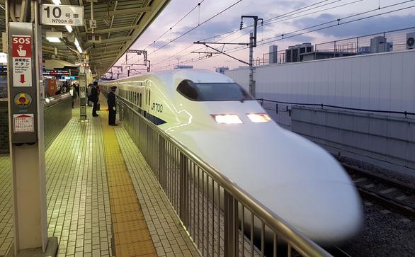 Tập đoàn Hyundai muốn tham gia dự án đường sắt tốc độ cao Bắc - Nam