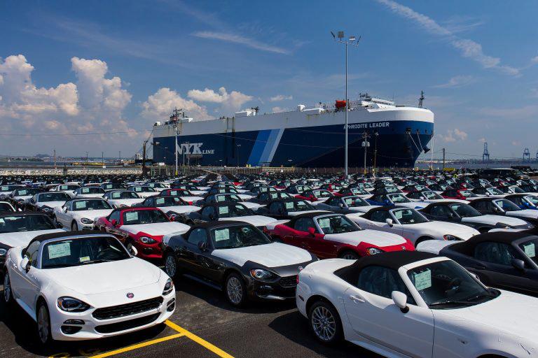 EU không chấp nhận đề xuất đánh thuế ôtô châu Âu của Mỹ
