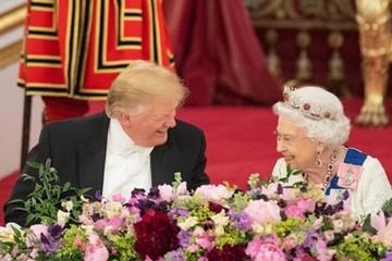 Trump ca ngợi Nữ hoàng Elizabeth là 'người phụ nữ vĩ đại'