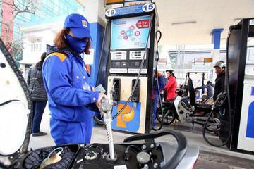 Quỹ bình ổn xăng dầu âm 620 tỷ đồng