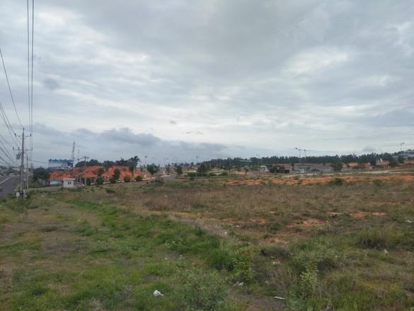 Bình Thuận tiếp tục dừng giao dịch nhiều dự án bất động sản