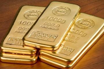 Giá vàng tiếp tục tăng, chạm đỉnh gần 6 năm